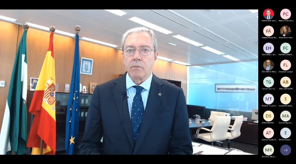 Velasco destaca la estabilidad, la simplificación administrativa o las infraestructuras específicas como claves para la inversión aeroespacial