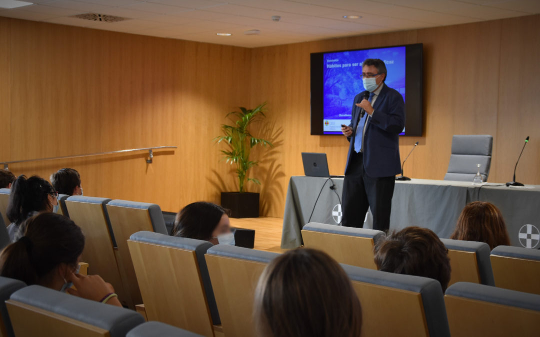 Los alumnos de Bachillerato del Colegio CEU San Pablo Sevilla participan por primera vez en el Excellence Program