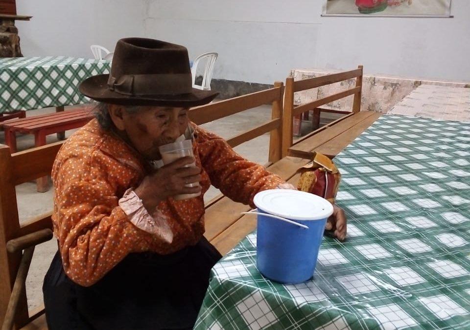 Madre Coraje y el Ayuntamiento de Cádiz apoyan en Perú la alimentación de 224 mayores en situación de abandono